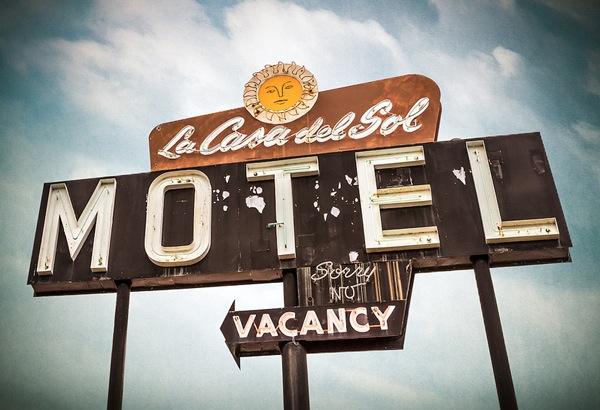 vintage-american-signs-vintage-industrial-style-blog  American Vintage Neons by Marc Shur vintage american signs 3