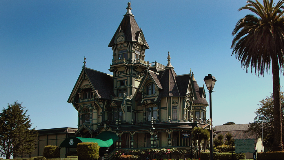 7_magical_vintage_mansions_capa