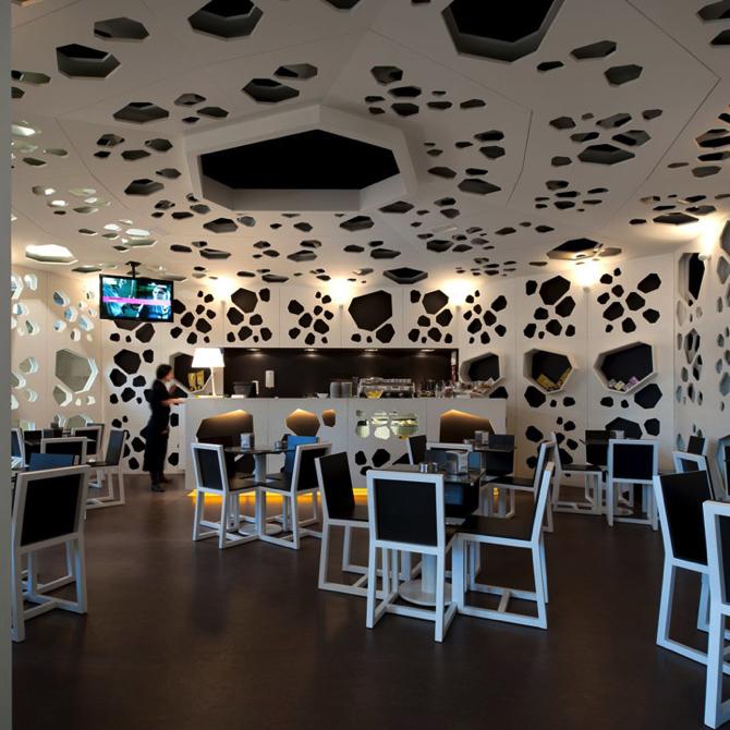 Meltino-Bar-Lounge-by-LOFF-Braga copy  Top 5 Architectural Lighting for Bars Meltino Bar Lounge by LOFF Braga copy
