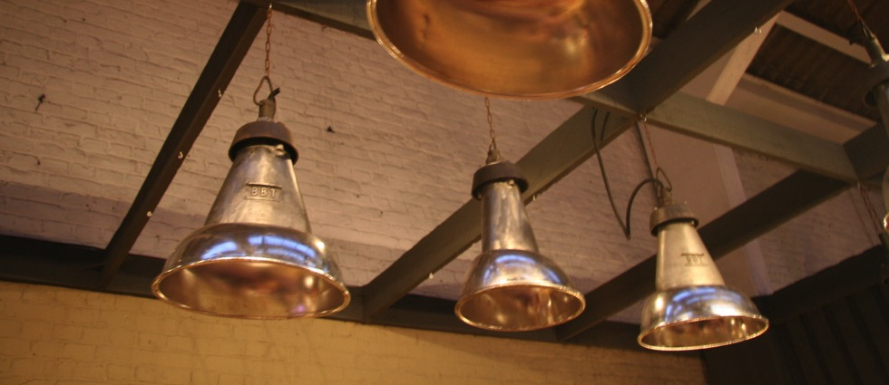 Antique Chandeliers with an Industrial Design french vintage set of 4 oval industrial pendant lights 002