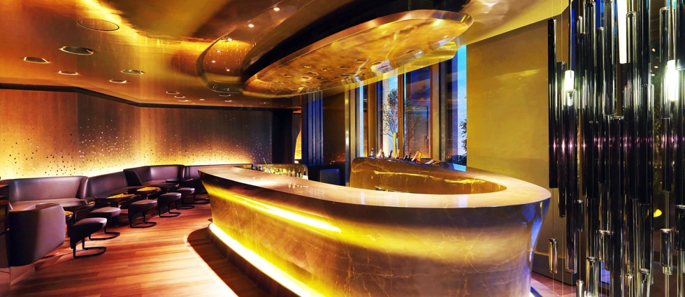 Top 5 Examples of Minimalist Lighting in Paris's Bars Top 5 Examples of Minimalist Lighting in Pariss Bars