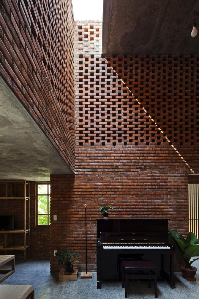termitary-house-tropical-space-2 copy  A Brick House by Tropical Space termitary house tropical space 2 copy