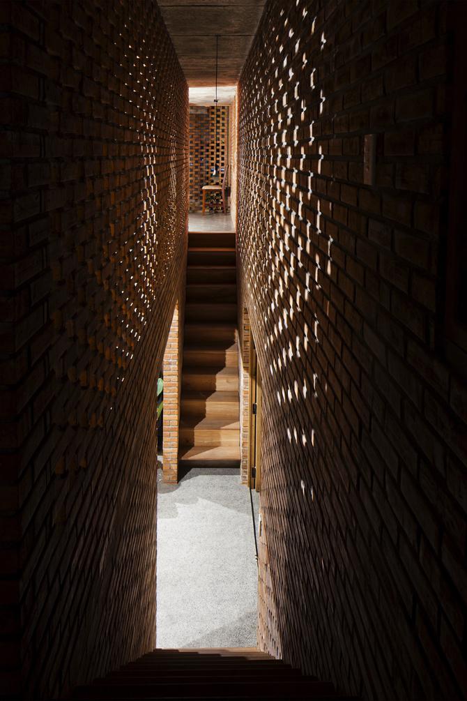 termitary-house-tropical-space-3 copy  A Brick House by Tropical Space termitary house tropical space 3 copy