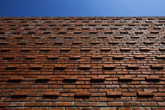 termitary-house-tropical-space-6 copy  A Brick House by Tropical Space termitary house tropical space 6 copy