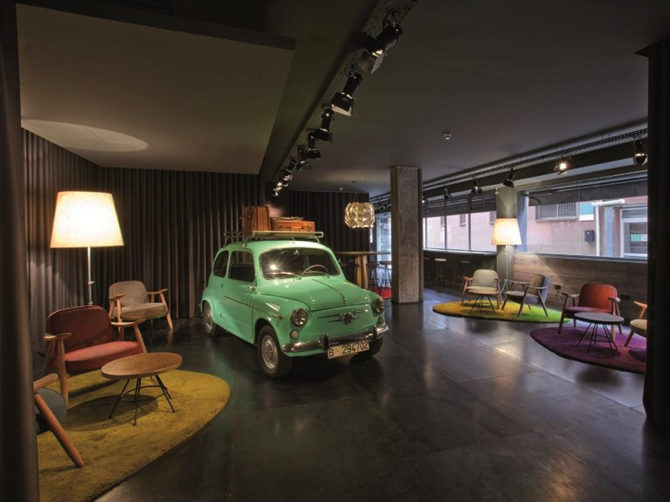 Hotel Chic and Basic Ramblas by Lagranja Design copy