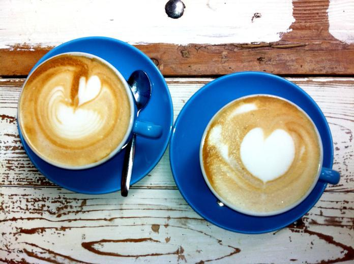 Coffee Shops: Amazing Vintage Ambiances