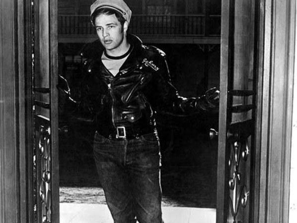 4964de7114a51ab55d1915487db90 Marlon Brando Vintage Sexyness: Marlon Brando's best photos 4964de7114a51ab55d1915487db90