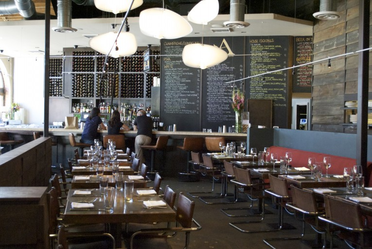 dsc_00693 Vintage Restaurants 10 Vintage Restaurants  dsc 00693