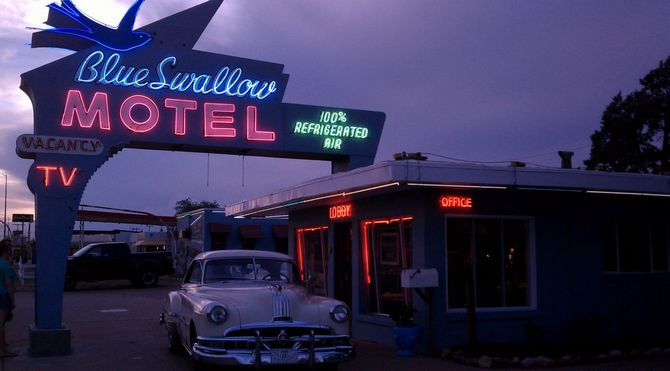 Top 10 Neon Vintage Signs Vintage Signs Top 10 Neon Vintage Signs mresblueswallowmotel