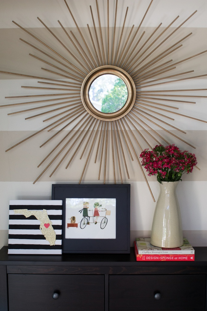 vintage mirror Mid Century Modern Mid Century Modern Style to Your Vintage Home sunburst mirror 1