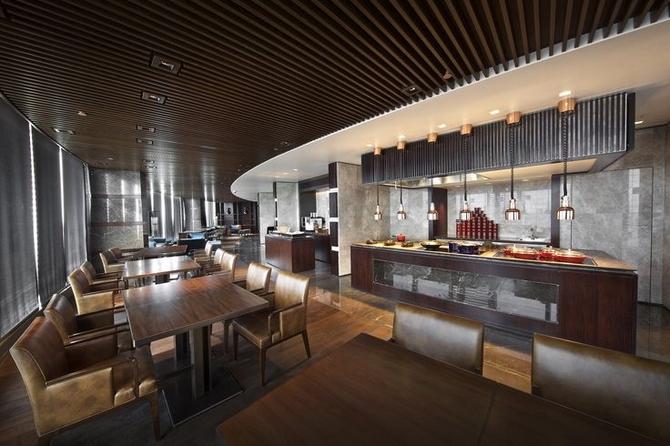 6 NUO Beijing Luxurious Mid Century Modern interiors by Hirsch Bedner Associates Hirsch Bedner Associates Luxurious Mid Century Modern interiors by Hirsch Bedner Associates 6 NUO Beijing