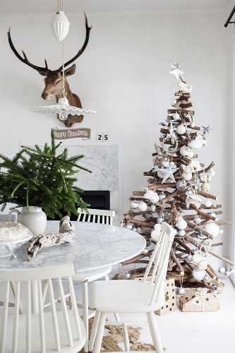 10 Vintage Xmas Decorating Ideas Christmas Decorating Ideas 10 Vintage Christmas Decorating Ideas 10 Vintage Christmas Decorating Ideas 7