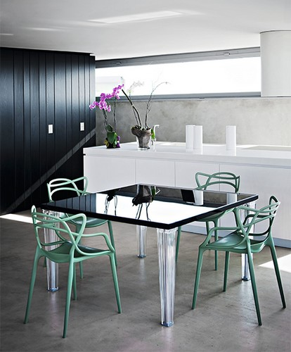 10 industrial chairs that will transform your dining room 8