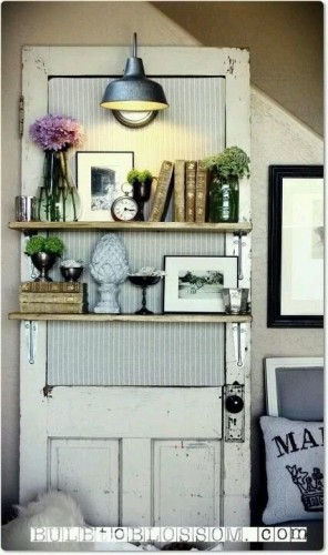 add some vintage accents to your vintage home 3