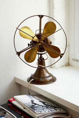 vintage industrial decor 2 vintage industrial decor Vintage industrial decor: how to use golden details golden 2