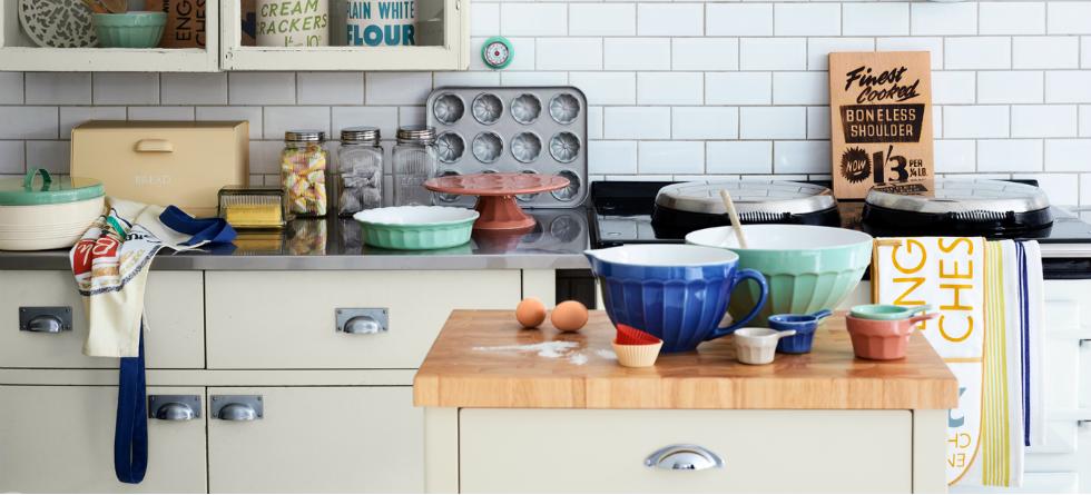 vintage industrial kitchen featured