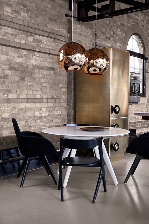 Splendid suspension lamps with a golden touch  golden touch Splendid suspension lamps with a golden touch  5777916446100644f6908bd003f71e9d