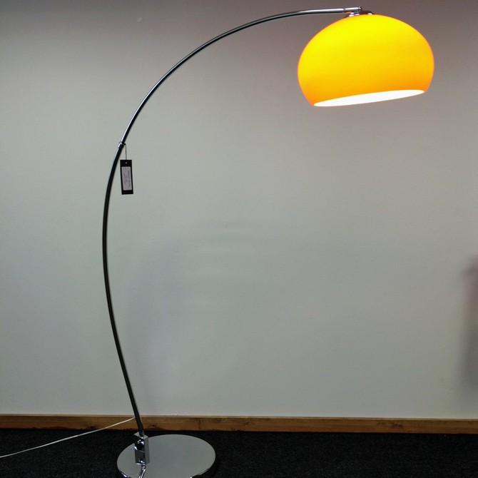 Extravagant floor lamps for your industrial bedroom industrial bedroom Extravagant floor lamps for your industrial bedroom Image000012