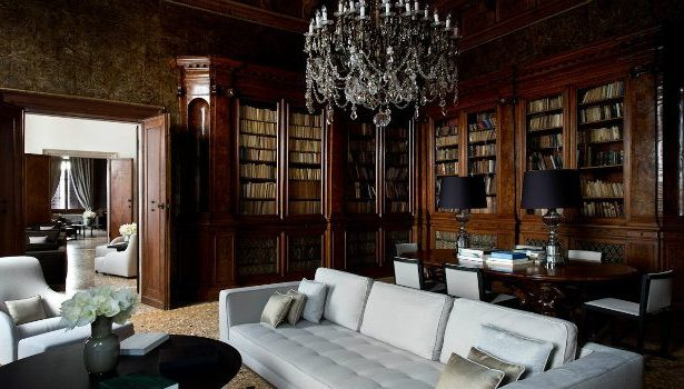 Modern Hotels with a taste of the past   Aman Hotel in Venice hotels Modern Hotels with a taste of the past Modern Hotels with a taste of the past  Aman Hotel Venice The Library e1467301573467