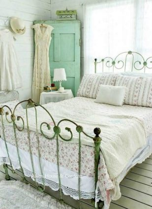 Top quality shabby chic style decorating ideas   Vintage bedroom