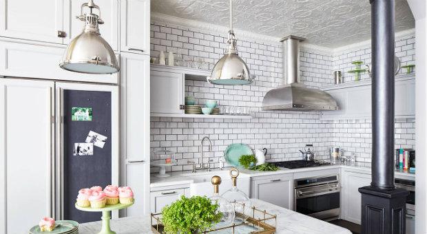 ceiling-tiles-kitchen-decor-ideas-glam_featured