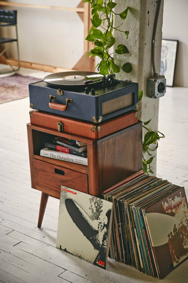 Old Technology: Vintage Music Players | Vinyl Player