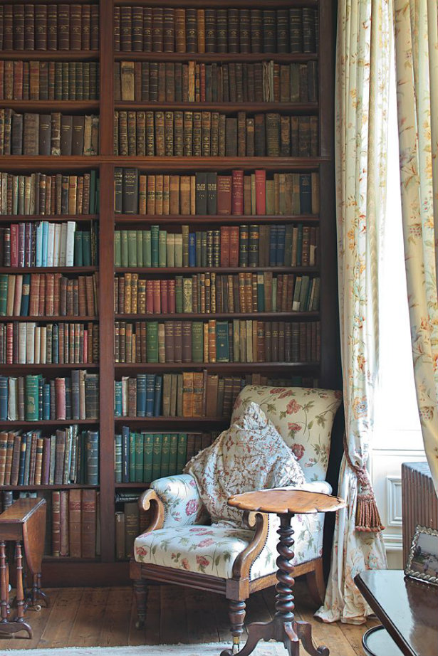 Vintage-Inspired Home Libraries To Envy vintage-inspired home libraries Vintage-Inspired Home Libraries to Envy Vintage Inspired Home Libraries To Envy 7