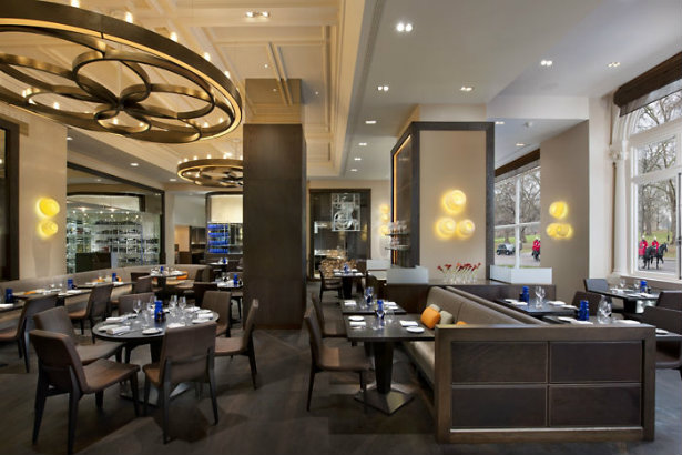 London's Mandarin Oriental furniture for auction Mandarin Oriental London's Mandarin Oriental furniture for auction London   s Mandarin Oriental furniture for auction 3