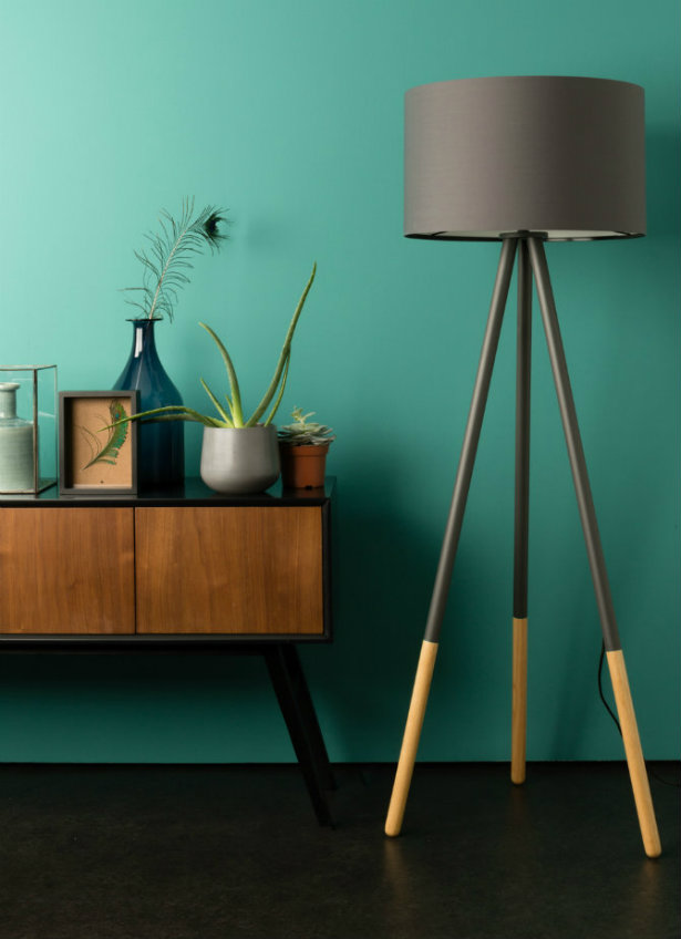 Mid-Century Modern Floor Lamps to put beside your Sideboard
