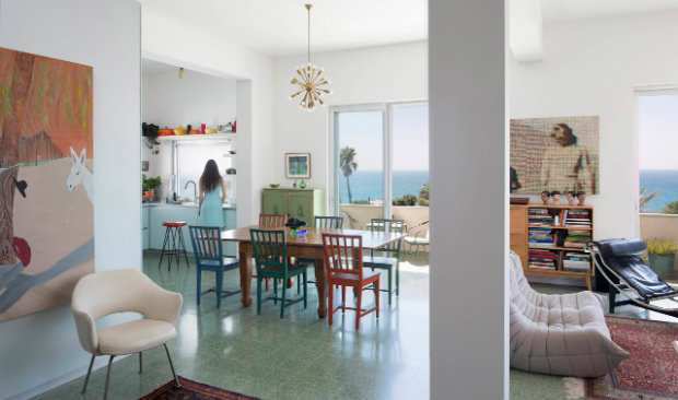 vintage furniture Colorful apartment in Tel Aviv adorned with vintage furniture Colorful apartment in Tel Avid adorned with vintage furniture featured