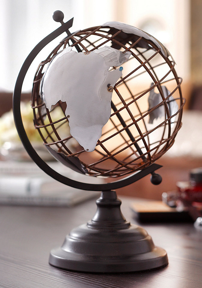 How to Display Vintage Globes Around Your House 1