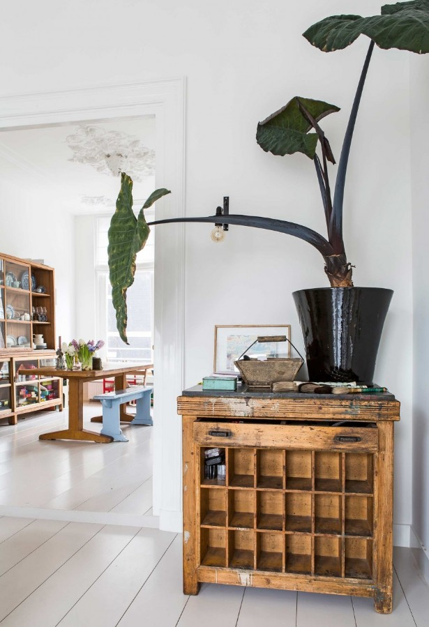 Modern Maison with Vintage Furniture Shines in Amsterdam vintage furniture Modern Maison with Vintage Furniture Shines in Amsterdam Modern Maison with Vintage Furniture Shines in Amsterdam 14