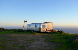 Vintage Airstream with Sweeping Views in Malibu 3