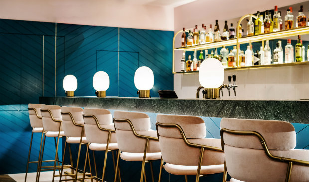 East London Restaurant & Bar with Mid-Century Lighting FEAT mid-century lighting East London Restaurant & Bar with Mid-Century Lighting East London Restaurant Bar with Mid Century Lighting FEAT