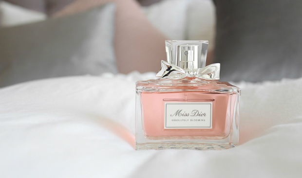 Miss Dior Discover the Story Behind This Vintage Icon vintage icon Miss Dior: Discover the Story Behind This Vintage Icon Miss Dior Discover the Story Behind This Vintage Icon
