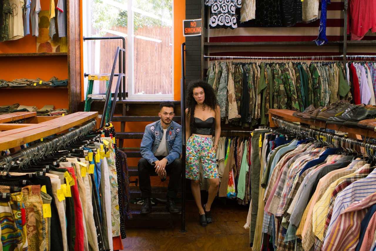 Best Vintage Stores for the Lovers of a Retro Feeling  best vintage stores Best Vintage Stores for the Lovers of a Retro Feeling Best Vintage Stores for the Lovers of a Retro Feeling 1