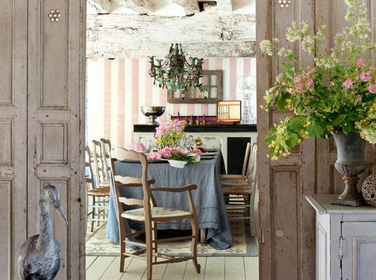 Feel Inspired By This Vintage Country Home Ideas 1