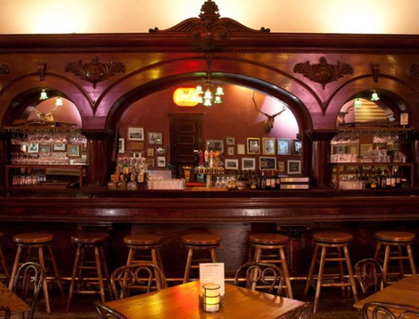 5 Oldest Restaurants in the USA