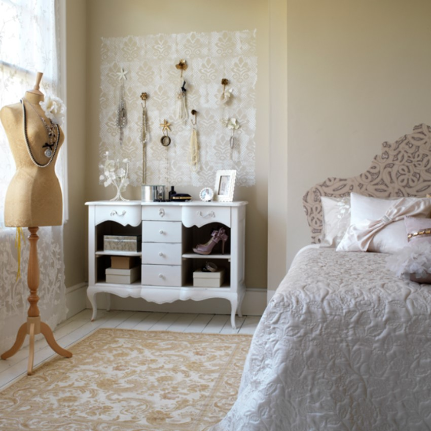Create the Perfect Vintage Bedroom! 1