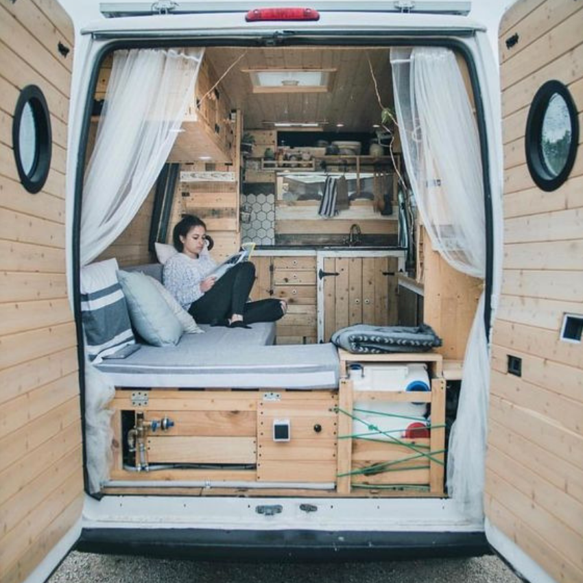 Vintage Style For Today_ Camper Vans to Travel are The Best! (6)