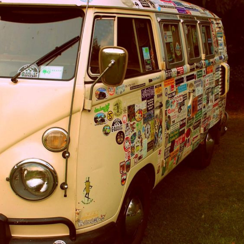 Vintage Style For Today_ Camper Vans to Travel are The Best! (7)