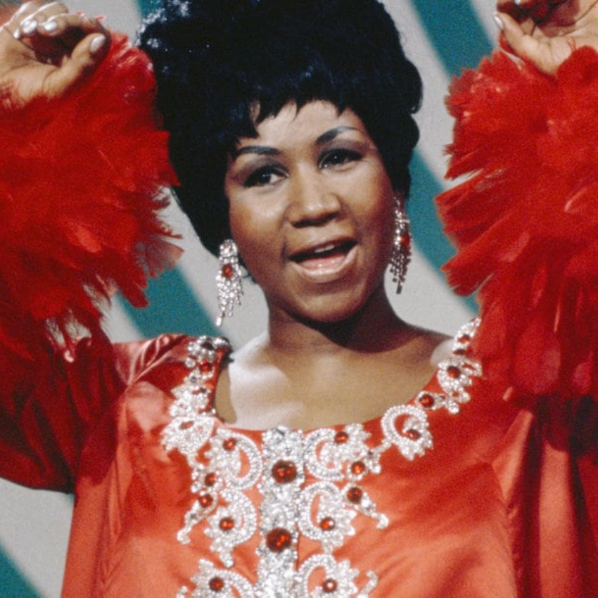 Aretha Franklin (2) aretha franklin Aretha Franklin: An Icon To Always Remember! Aretha Franklin 2